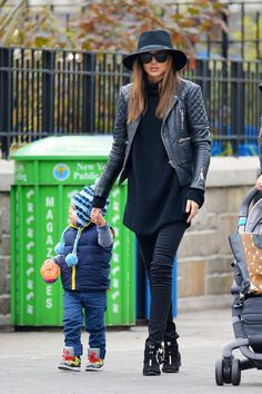 Miranda Kerr Photo - Miranda Kerr and Flynn in NYC