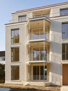 Housing building in Friesenberg . Zurich, Building A House, Actuel, Contemporary, Mansions, House Styles, Home Decor, House Building, Aphasia