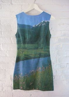 i want this dress. //