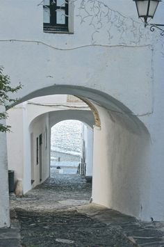Salvador Dali, Cadaques Spain, Travel Tips, Travel Destinations, Montpellier, What A Wonderful World, Spain Travel, Road Trips, Summer 2016