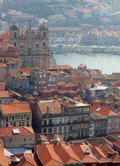 enjoy portugal cottages & manor houses Welcome to Porto http://www.enjoyportugal.eu/#!porto-and-north/c1yvw