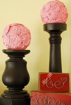 Follow link on site for felt heart wreath... great as felt poms on top of candle holders.