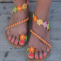 Ladies Handmade Sweet Flower Ankle Strap Flip-flop Flat