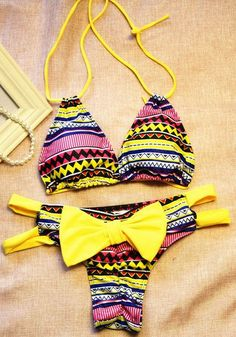 Chic Halter Chevron Print Cut Out High-Cut Bikini