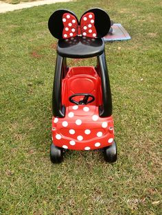 Minnie Mouse Car Tutorial - for cozy coupe Diy Gifts To Make, Diy Gifts For Kids, Diy For Kids, Cool Diy, Little Tykes Car, Minnie Mouse Car, Pink Minnie, Minnie Mouse Playhouse, Durham