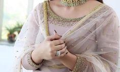 Embroidery Saree, Chain, Jewelry, Fashion, Moda, Jewlery, Jewerly, Fashion Styles, Necklaces