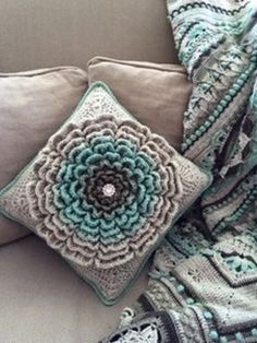 You will love our gorgeous collection of Crochet Wildflowers that includes this stunning 'Neverending Wildflower' that has been hugely popular. We've included loads of inspiration, a shoulder bag, blanket, cushion and more. You are going to love these adorable ideas.