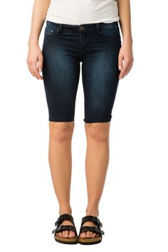Girls Low Rise  Curvy Bermuda Shorts