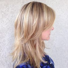 33 Best Medium Length Hairstyles For Thin Hair HairsLondon medium layered cuts for thin hair - Thin Hair Cuts Thin Hair Layers, Thin Hair Cuts, Medium Length Hair With Layers, Medium Hair Cuts, Medium Hair Styles, Short Hair Styles, Choppy Layers, Haircuts For Fine Hair, Straight Hairstyles