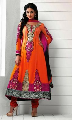 Buy Designer Bollywood Salwar Kameez Online from our online shopping store; choose your best Bollywood Salwar Kameez from the large collection which suits on you and gives you beautiful look.
