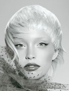 Photo of 2007 cropped white hairstyle