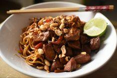 20 perces csirkés, mogyorós pirított tészta - Mindenki szereti a családban - Receptek | SóBors