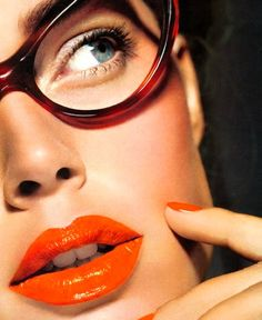 #Orange lips and nails | #beauty