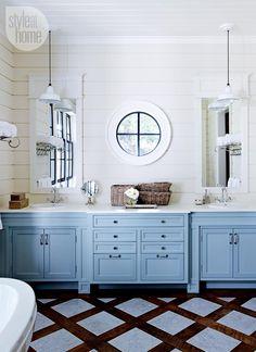 Bathroom design: Stylish master bathroom {PHOTO: Michael Graydon}