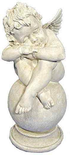 Diese wunderschöne Engelsfigur ist ein echter Blickfang! Die aufwendig gestaltete Skulptur zeigt einen kleinen schlafenden Engel auf einer Kugel. Die Figur ist aus Kunststein gefertigt und wird in einem dekorativen antikweiß geliefert. Sie können den Engel sowohl im Innen- als auch im Außenbereich platzieren, da er sich durch Wetter- und Frostbeständigkeit auszeichnet. Die handbemalte Skulptur ...