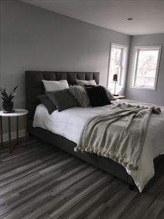 42 + Dark Gray Bedroom Walls Master Suite Tips 30 Black White And Grey Bedroom, Black And Grey Bedroom, Light Gray Bedroom, Gray Bedroom Walls, Grey Room, Room Ideas Bedroom, Home Decor Bedroom, Grey Walls, Master Bedroom