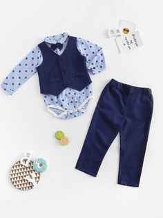 To find out about the Toddler Boys Bow Front Jumpsuit & Pants & Vest at SHEIN, part of our latest Toddler Boy Two-piece Outfits ready to shop online today! Little Boy Outfits, Baby Boy Outfits, Little Boys, Baby Girl Pants, Baby Jeans, Two Piece Outfit, Toddler Boys, Toddler Pants, Baby Kids