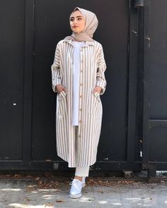 5 Dress Styles That Will Make You Look Thinner – Shopping Fashion Street Hijab Fashion, Muslim Fashion, Mens Fashion, Modesty Fashion, Fashion Dresses, Casual Hijab Outfit, Casual Outfits, Modest Dresses, Modest Outfits