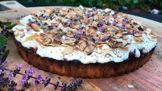 Brent rabarbraterte Baking, Ethnic Recipes, Desserts, Food, Summer, Tailgate Desserts, Deserts, Bakken, Essen