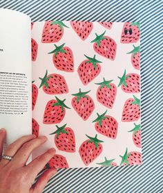 Penelope Dullaghan - fruit patterns for FLOW - Penelope Dullaghan – fruit patterns for FLOW Estás en el lugar correcto para decorative pillows A - Simple Canvas Paintings, Small Canvas Art, Cute Paintings, Mini Canvas Art, Fruit Painting, Diy Painting, Posca Art, Aesthetic Painting, Guache