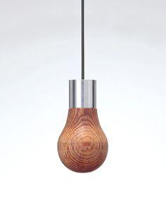 Japonês cria lâmpada de madeira. Tradição e tecnologia se unem em forma de luz
