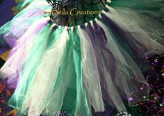 A cute idea for a little girl, and so easy to make! Mardi Gras tutu.