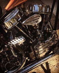 Harley Davidson News – Harley Davidson Bike Pics Harley Davidson Panhead, Harley Davidson Motor, Custom Bobber, Custom Harleys, Custom Street Bikes, Custom Bikes, Old School Motorcycles, Motorcycle Engine, Moto Bike
