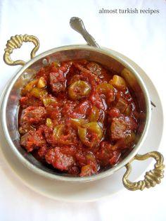 Almost Turkish Recipes: Beef Stew with Tart Green Plums (Yeşil Erik Tavası) Home Recipes, Cooking Recipes, Healthy Recipes, Easy Recipes, Healthy Dishes, Cooking Ideas, Beef Recipes, Turkish Recipes, Gastronomia