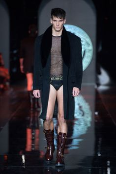 Men's fashion and accessories - FW 2013-14 - Fashion Show Collection - Versace 2013