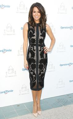 Brooke Burke-Charvet from The Best of the Red Carpet At the Petit Maison Chic and Operation Smile Kids charity fashion show, the mama dons a stunning Julea Domani design.