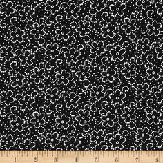 Daisy Floral Black/White from @fabricdotcom  This cotton print is perfect for quilting, apparel and home decor accents.  Colors include white and black.