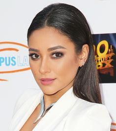 Shay Mitchell's slicked down 'do