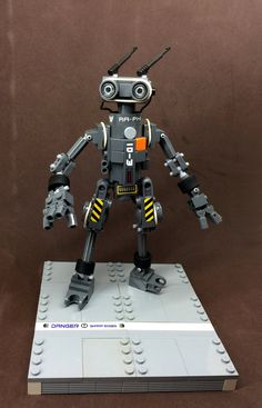 """""""Humaniod Utility Robot (1)"""" by SuperHardcoreDave: Pimped from Flickr"""