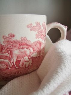 . . . Cabin & Cottage : A Little Pink Transferware & More