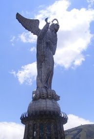 Virgen del Panecillo #Quito