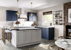 Your New Kitchen - tell us Open Plan Kitchen Living Room, Home Decor Kitchen, New Kitchen, Dining Room, Kitchen Units, Kitchen Layout, Kitchen Design, Timeless Kitchen, Shaker Style Kitchens
