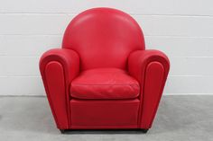 """Poltrona Frau """"Vanity Fair"""" Armchair in Red Pelle Leather by Renzo Frau 2"""