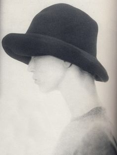 Photo by Paolo Roversi.