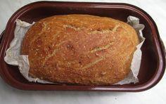 Domácí chléb je hotový do půl hodinky. Czech Recipes, Russian Recipes, Czech Desserts, Bread Recipes, Cooking Recipes, Good Food, Yummy Food, Vegan Bread, No Cook Meals