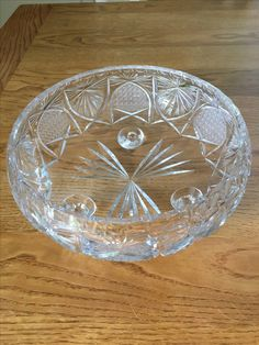 Slipad Kristallskål, 20,5 cm diam. 9,5 cm hög.