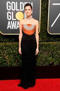 Allison Williams in Armani Prive attends the 75th Annual Golden Globe Awards in L.A. #bestdressed