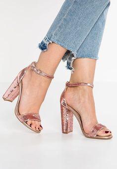 Chaussures Steve Madden CARRSON - Sandales à talons hauts - rose gold or rose: 100,00 € chez Zalando (au 24/04/17). Livraison et retours gratuits et service client gratuit au 0800 915 207.