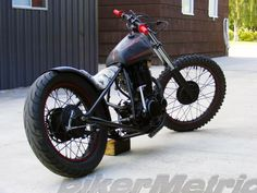 xt500 bobber - right rear | pugi