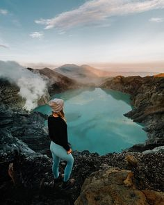 Ijen Volcano with Bree of eyeofshe, travelgirls, discoverearth and adventureawaits Adventure Awaits, Adventure Travel, Aesthetic Pictures, Volcano, Travel Guides, Travel Inspiration, Beautiful Places, Tours, Explore