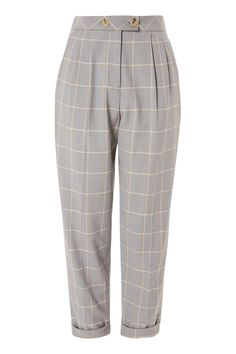 Do smart casual dressing the stylish, modern way with our tapered trousers in grey check. We're teaming them with a slogan top and on-trend pointed heels for versatile look that works for day or night. Grey Pants Outfit, Designer Trench Coats, Cool Outfits, Casual Outfits, Tapered Trousers, Aesthetic Fashion, Fashion Pants, Korean Fashion, Pants For Women