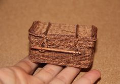Dollhouse Miniatures WeavingDollMiniature I weave the different little things on a scale of and I try to get it realistic, compelling: casket opens, carriage rides))) Dollhouse Miniature Tutorials, Dollhouse Miniatures, Casket, Little Things, Minis, Wicker, Outdoor Living, Weave, Dan