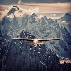 Photo by renan_ozturk:@Debra Smolinka Air Taxi pilot Paul Roderick taking flight after a #technicalglacierlanding [camp4collective air-to-air #cineflexelite aerials. #sanctityofspace film collection]