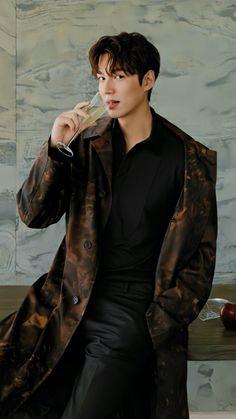 Handsome and Versatile Actor Lee Min Jung, Lee Min Ho Abs, Lee Min Ho Smile, Lee Min Ho Faith, Lee Min Ho Kdrama, Foto Lee Min Ho, Kim Bum, Lee Min Ho Girlfriend, Capitan America Actor