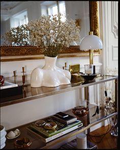 Dream Apartment, Apartment Living, Apartment Design, The Apartment, Paris Apartment Decor, French Apartment, Apartment Layout, Apartment Furniture, Decoracion Habitacion Ideas
