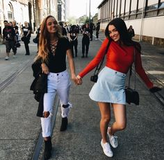 Uploaded by - ̗̀ luminous ̖́-. Find images and videos about girl, fashion and inka williams on We Heart It - the app to get lost in what you love. Bff Goals, Best Friend Goals, My Best Friend, Best Friends, Inka Williams, Gal Pal, Friend Photos, Friend Pictures, Looks Cool